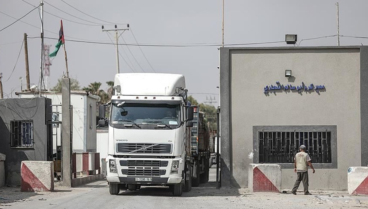 İsrail, Gazze'nin tek ticaret kapısını da kapatıyor