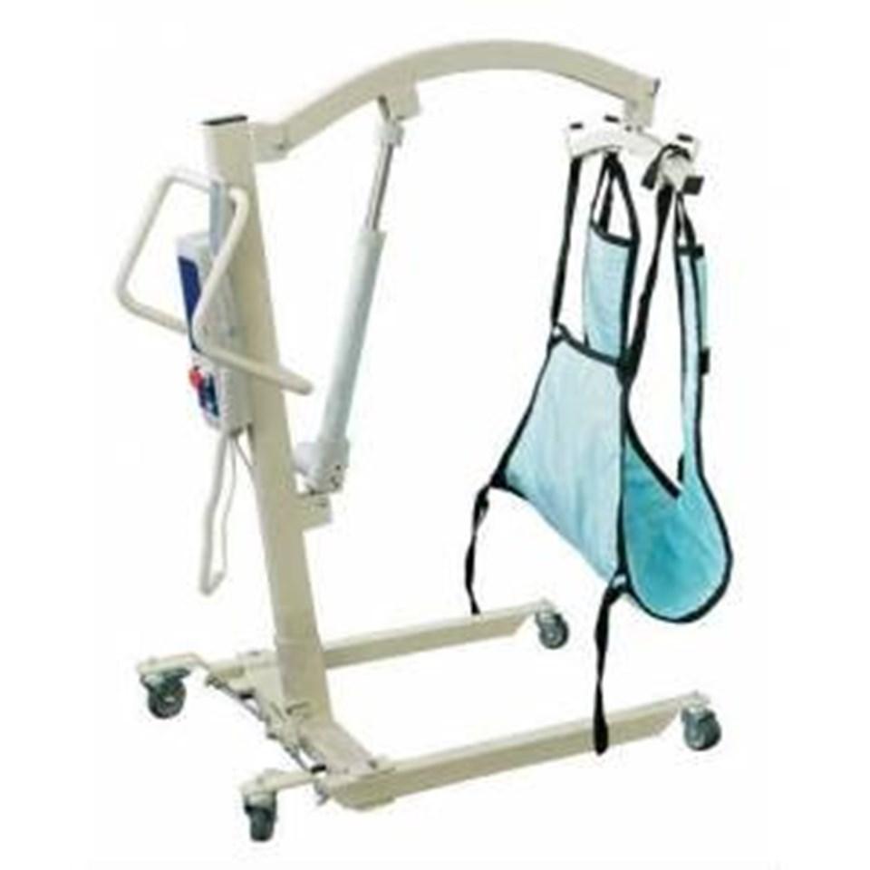 Hasta lifti, omurilik felçli bireyin transferini kolayca sağlayabiliyor.