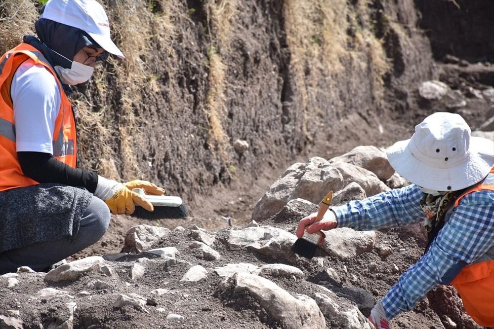 Bilecik'teki kazılarda 9 bin yıl öncesine ait yaşam alanları gün yüzüne çıkarıldı - 2