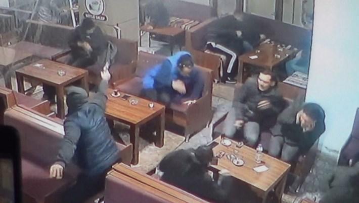 Bursa'da çay ocağında silahlı kavga: 1'i ağır, 2 yaralı