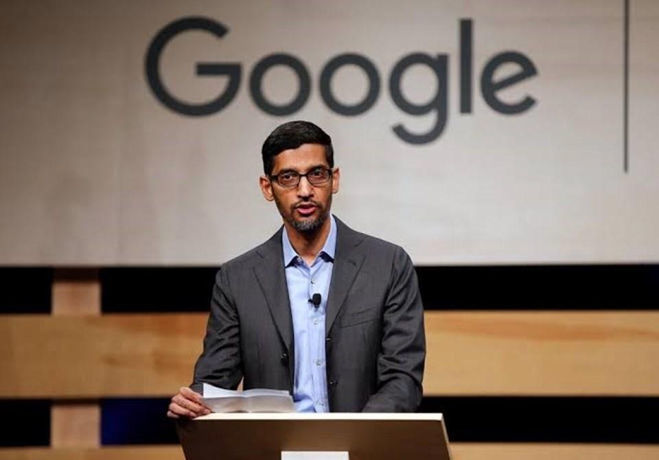 Google'ın CEO'su Sundar Pichai, Alphabet'in de CEO'su olarak ikilinin yerini alacak.