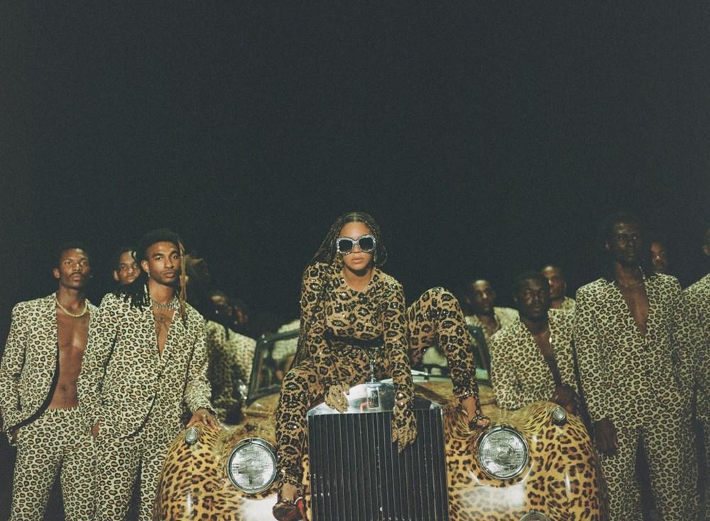 Beyonce görsel albümü Black is King'i yayınladı - 16