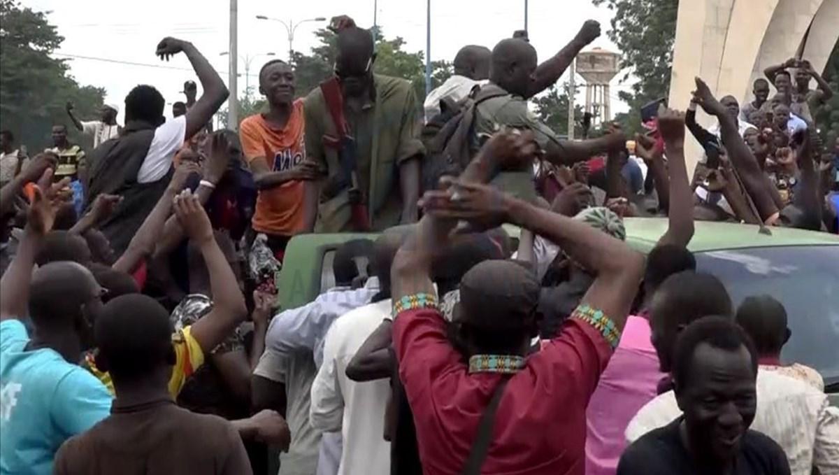 Mali'de hükümet istifa etti: Dünya nasıl tepki verdi?