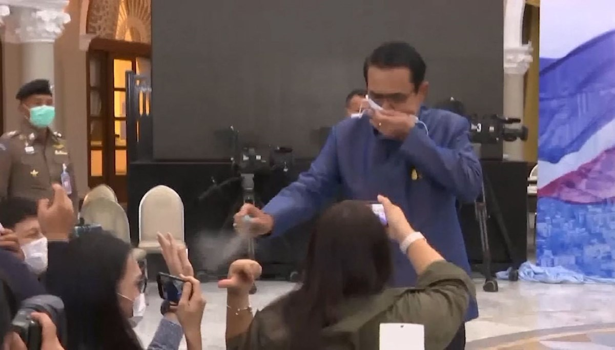 Thai Prime Minister sprayed disinfectant on journalists