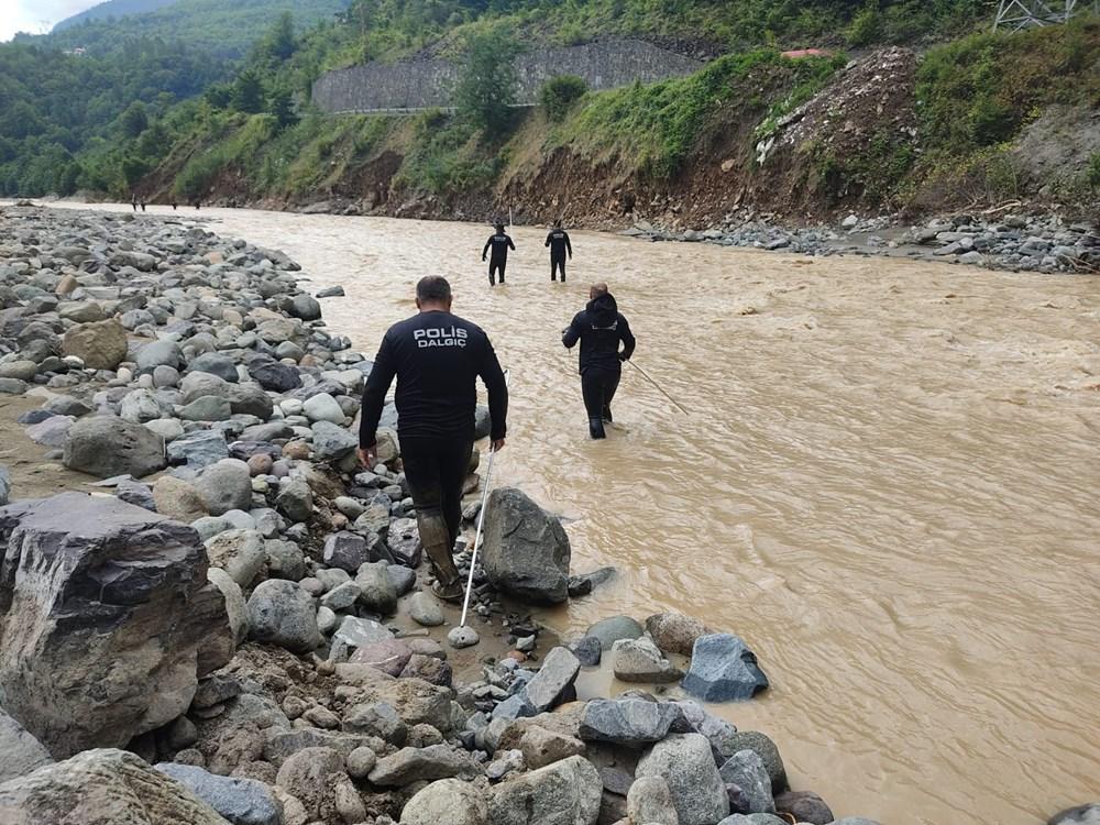 Rize ve Artvin'de beklenen yağış başladı: Arhavi'de iki mahalleyi su bastı - 14