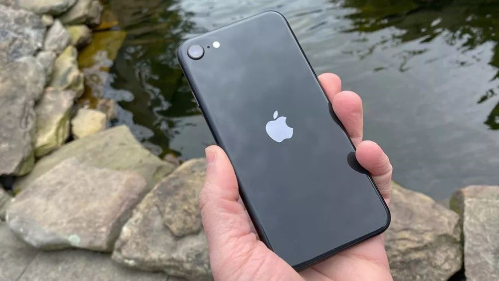 Ucuz iPhone olarak bilinen iPhone SE 3'ün görüntüleri sızdı - 4