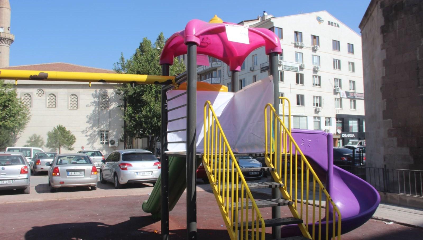 Kayseri'de çocuk parkları bir ay süreyle kapatıldı