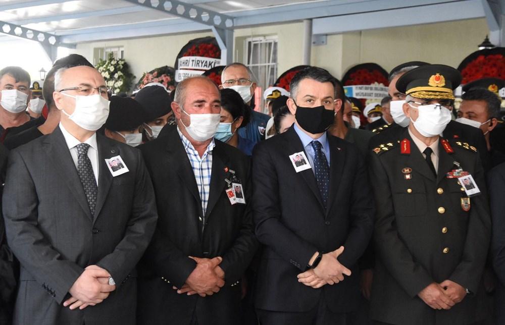 Şehit Teğmen Mehmet Kıvık, son yolculuğuna uğurlandı - 8