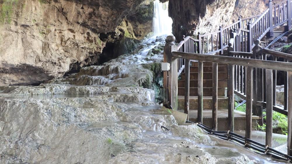 Denizli'de 2 milyon yıllık 'Yeraltındaki gizli Pamukkale' Kaklık Mağarası şifa dağıtıyor - 8
