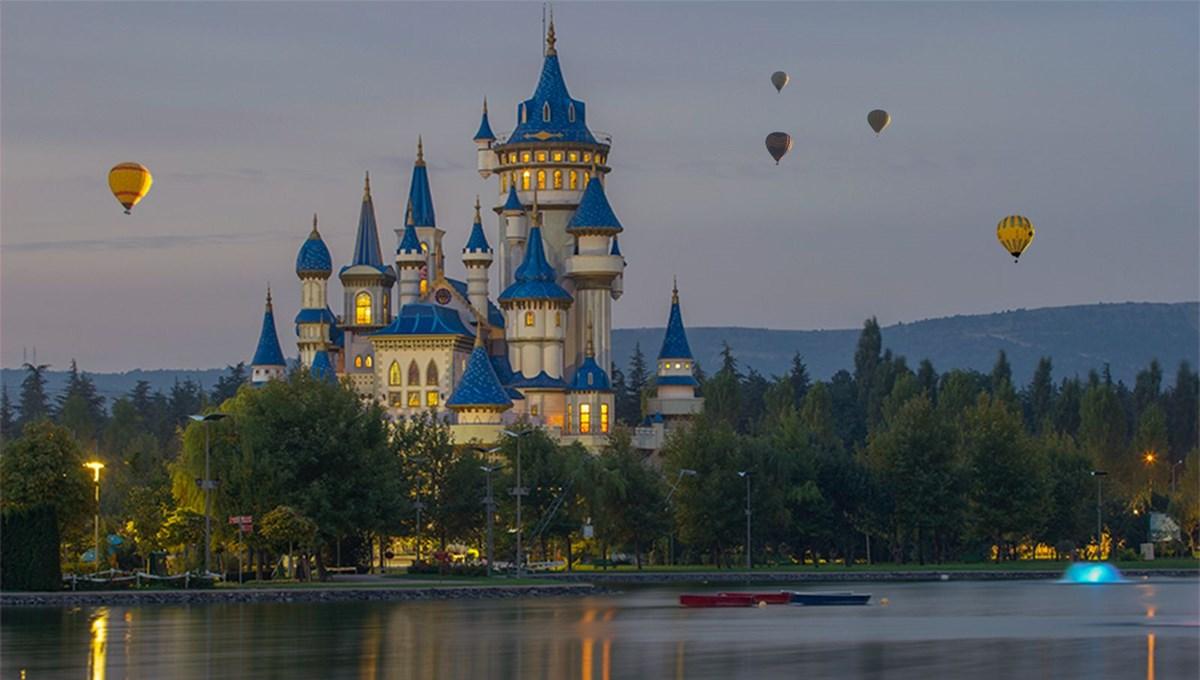 Disneyland Paris 7,5 ay sonra kapılarını yeniden açtı