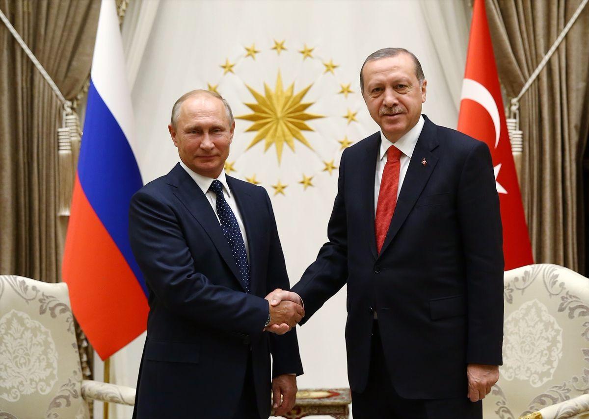 Putinden dünya liderlerine yeni yıl tebriği