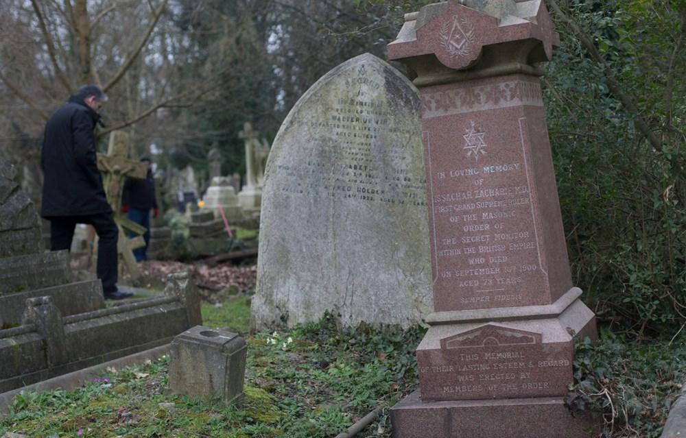 Karl Marx'ın mezarı turizme açılıyor: Anısına saygısızlıktartışması - 4