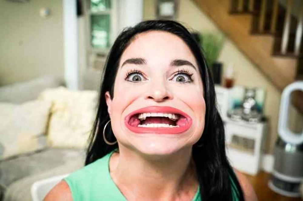 Guinness Rekorlar kitabına 'Dünyanın en büyük ağızlı kadını' olarak girdi - 5