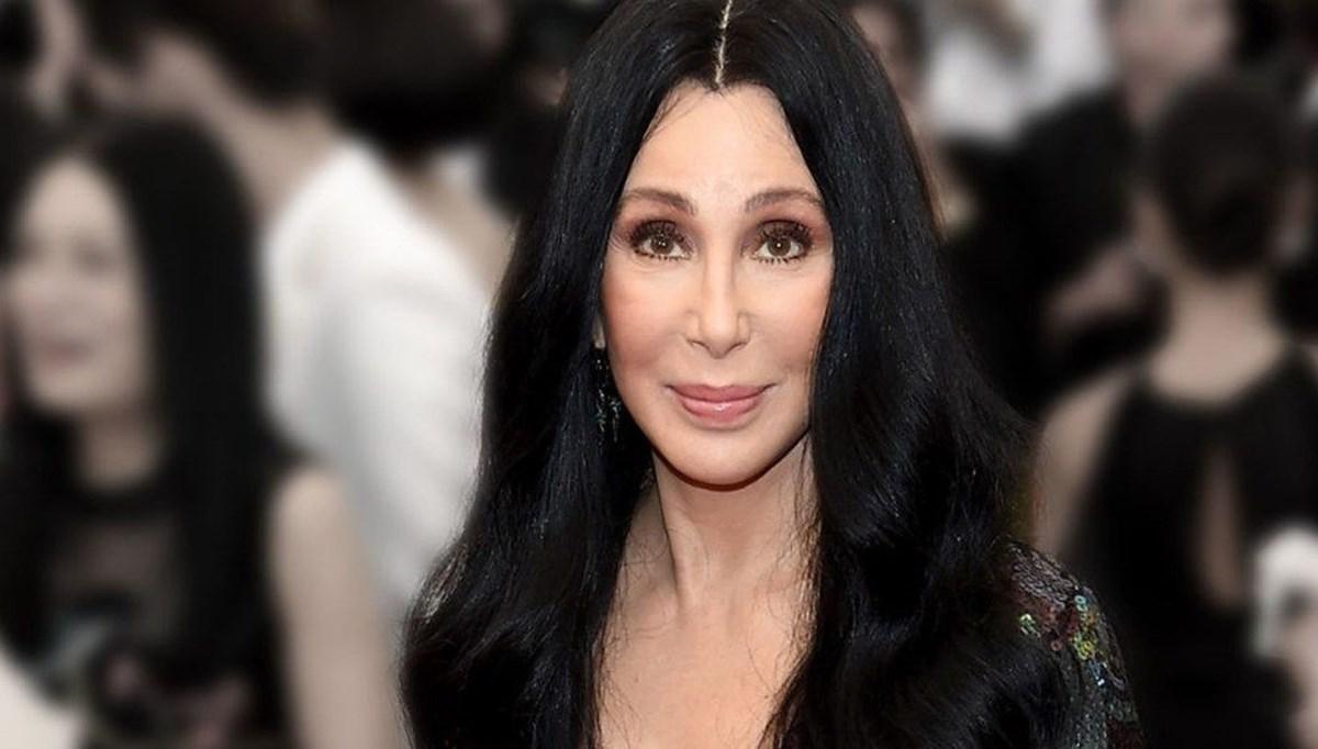 George Floyd tweet'ine tepki gelen Cher özür diledi