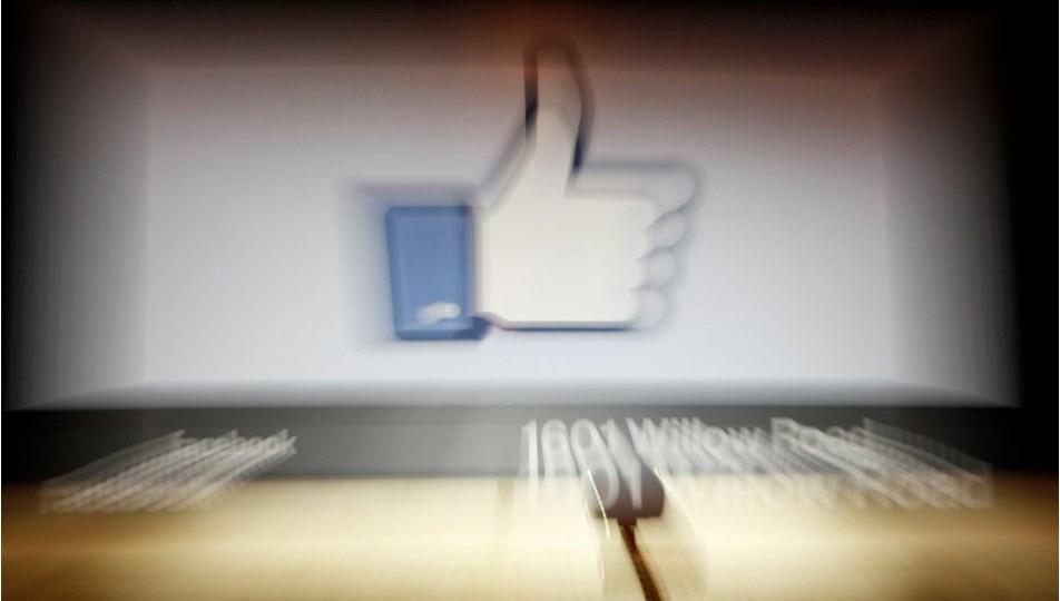 Facebook, zengin ülkelerdeki siyasi manipülasyona müdahale ederken diğerlerini kaosa sürükledi