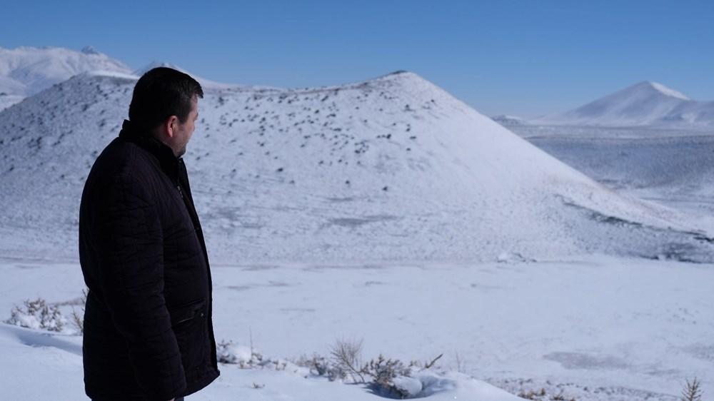 'Evil eye bead of the world' Meke Lake is white - 8