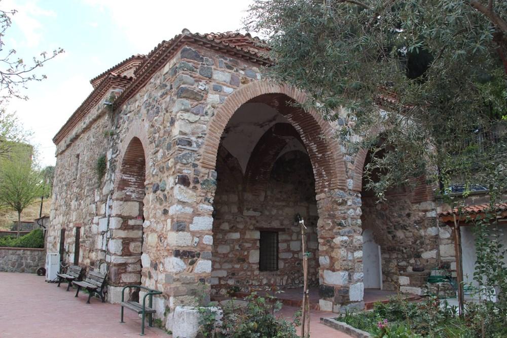 Manisa'da ecdat yadigarı Seyit İbrahim Hoca Mescidi'nin kapısı çalındı damla mağarası ortaya çıktı - 7