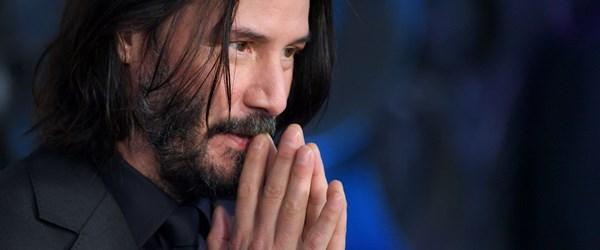 Keanu Reeves: Neo'ya uygun şekilde yaşamaya çalışıyorum