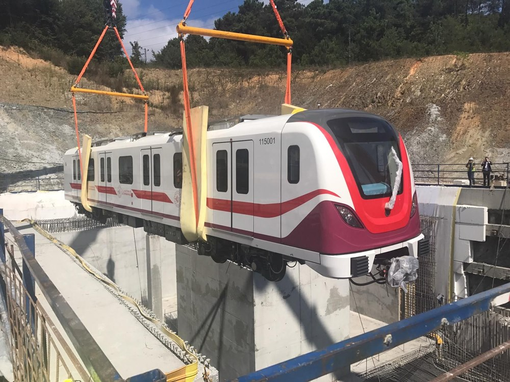 Gayrettepe-İstanbul Havalimanı Metrosu'nda ilk tren raylara indi - 13