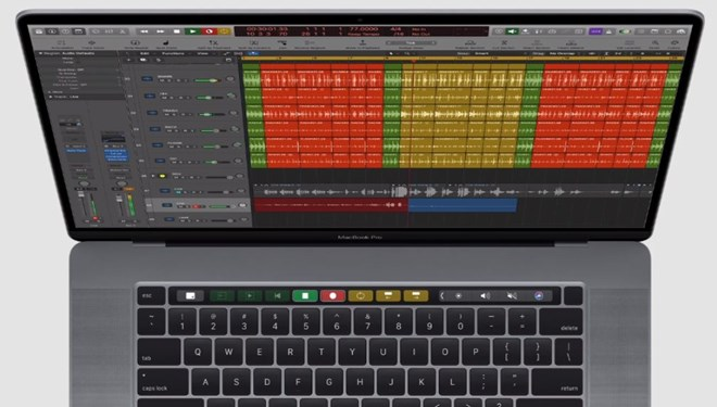 Apple 16 inç MacBook Pro'yu tanıttı