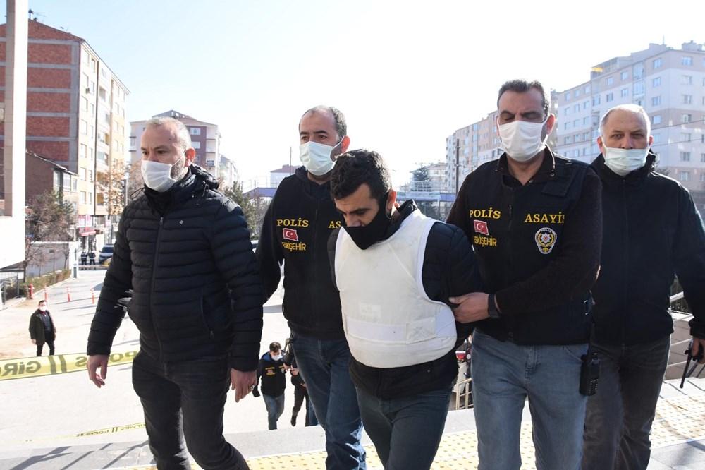 Evinde kanlı çorap ve ayakkabı ele geçirilen Boğa, dün 3 akrabasıyla birlikte tutuklanarak cezaevine koyuldu.