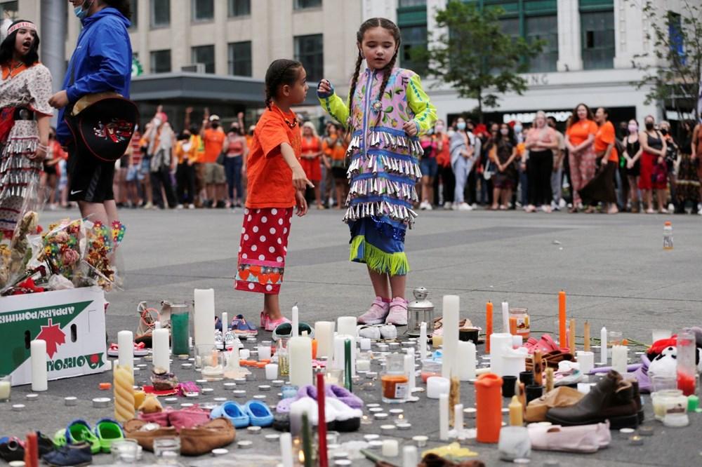 Kanada'da toplu çocuk mezarları protestoları: Kraliçe'nin heykeli yıkıldı - 6