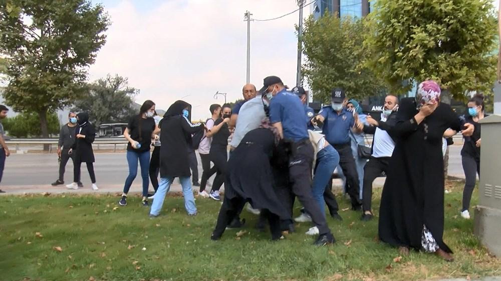 Selama pengintaian, mereka menyerang pengemudi wanita, polisi turun tangan dengan gas air mata - 1
