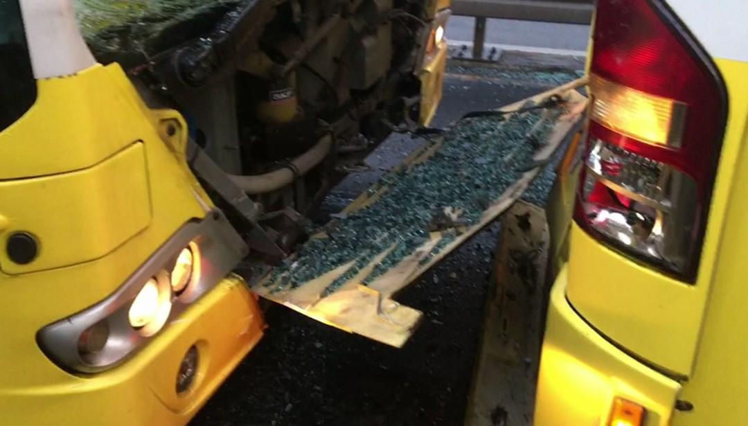 İstanbul Fikirtepe'de metrobüs kazası