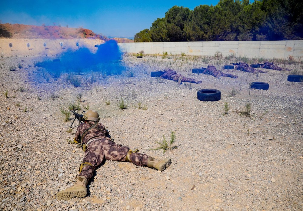 Özel Harekat'tan 35 derece sıcakta zorlu eğitim: Yerli silah 'Çılgın kız' dikkat çekti - 7