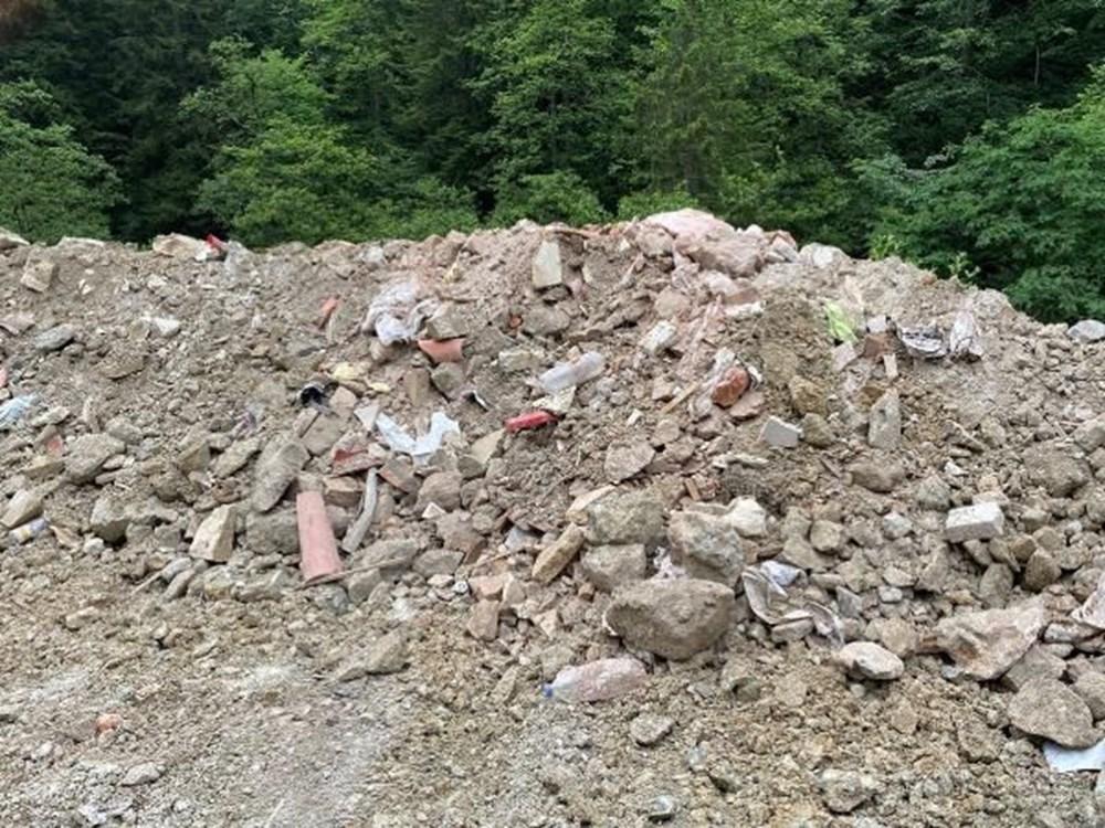 Sümela'da restorasyon atıklarını dereye döktüler - 8