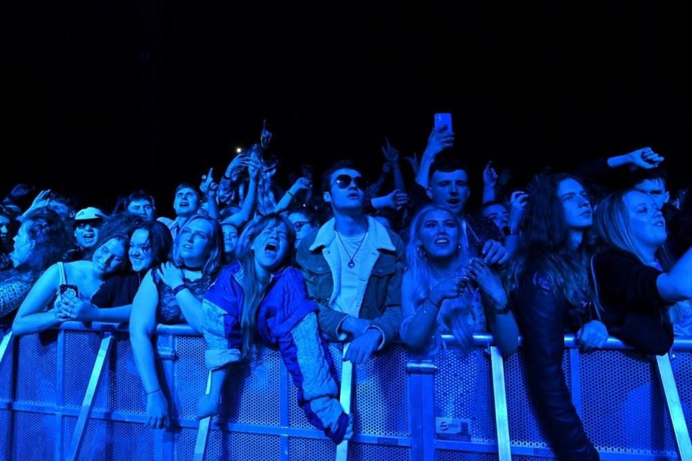 İngiltere'de aylar sonra ilk müzik festivali - 9
