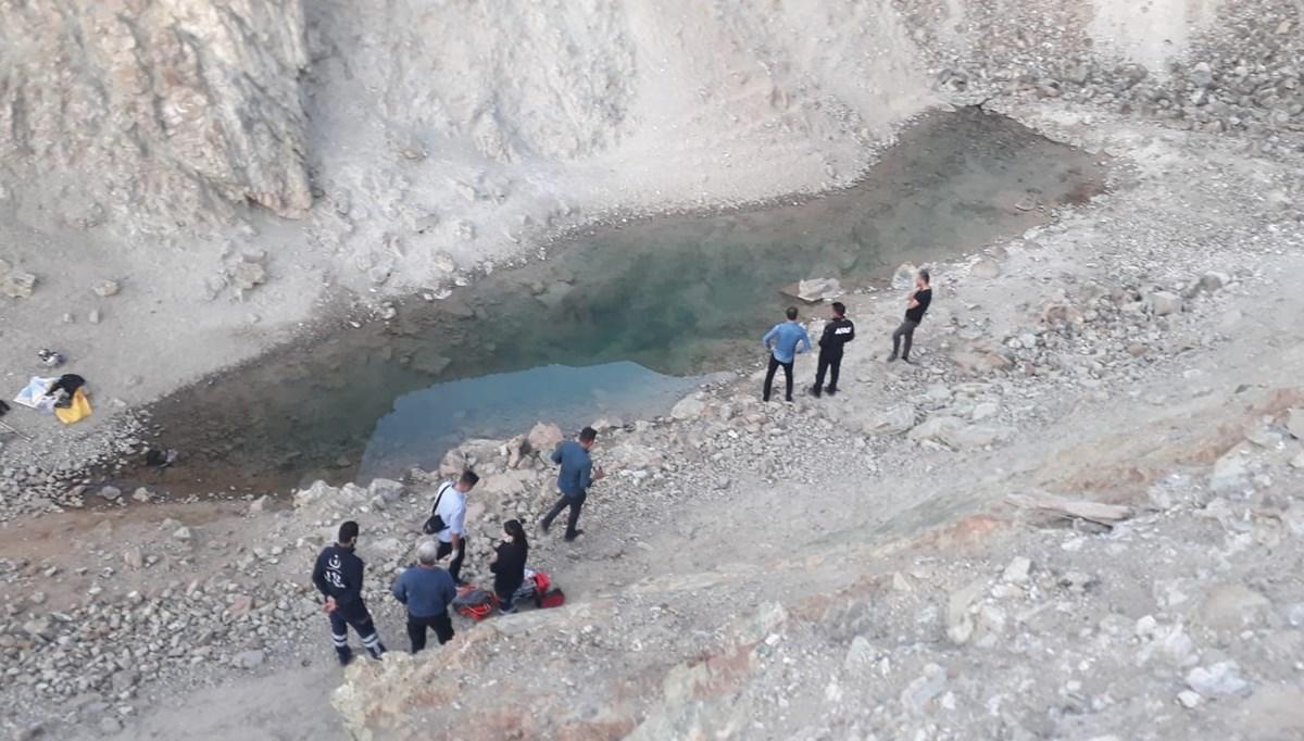 Yıkanmak için su dolu çukura giren Afgan çoban öldü