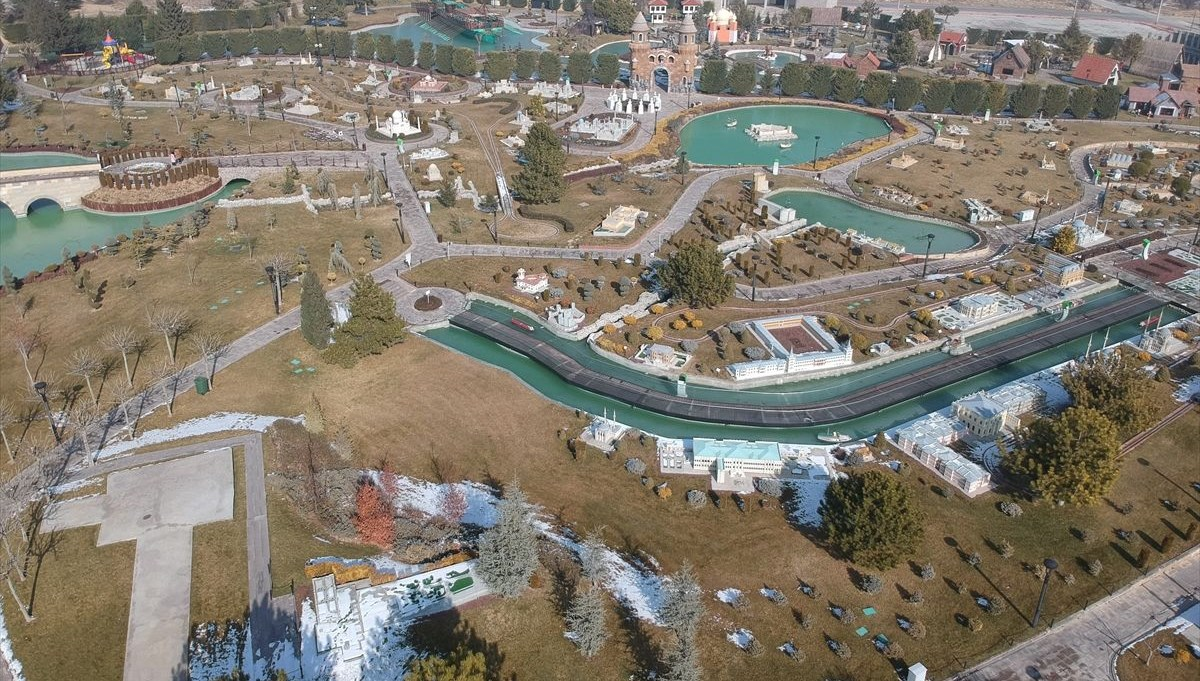 'Around the World in 80 Thousands' Park is waiting for its visitors