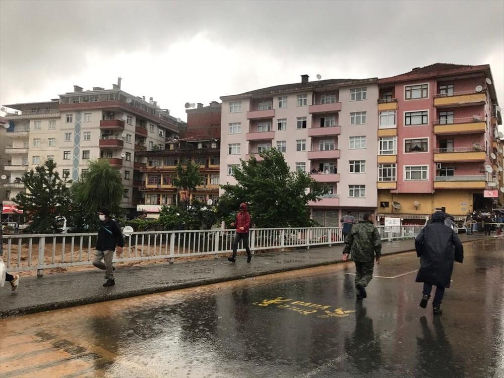 Şiddetli yağış Rize'yi de vurdu: 2 can kaybı - 4