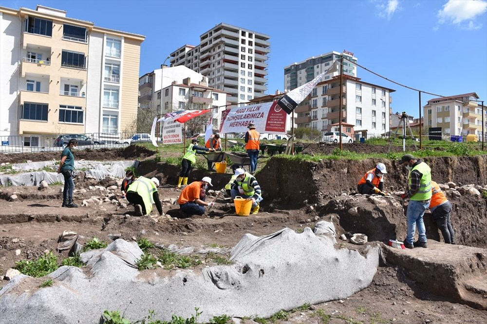 Bilecik'teki kazılarda 9 bin yıl öncesine ait yaşam alanları gün yüzüne çıkarıldı - 1