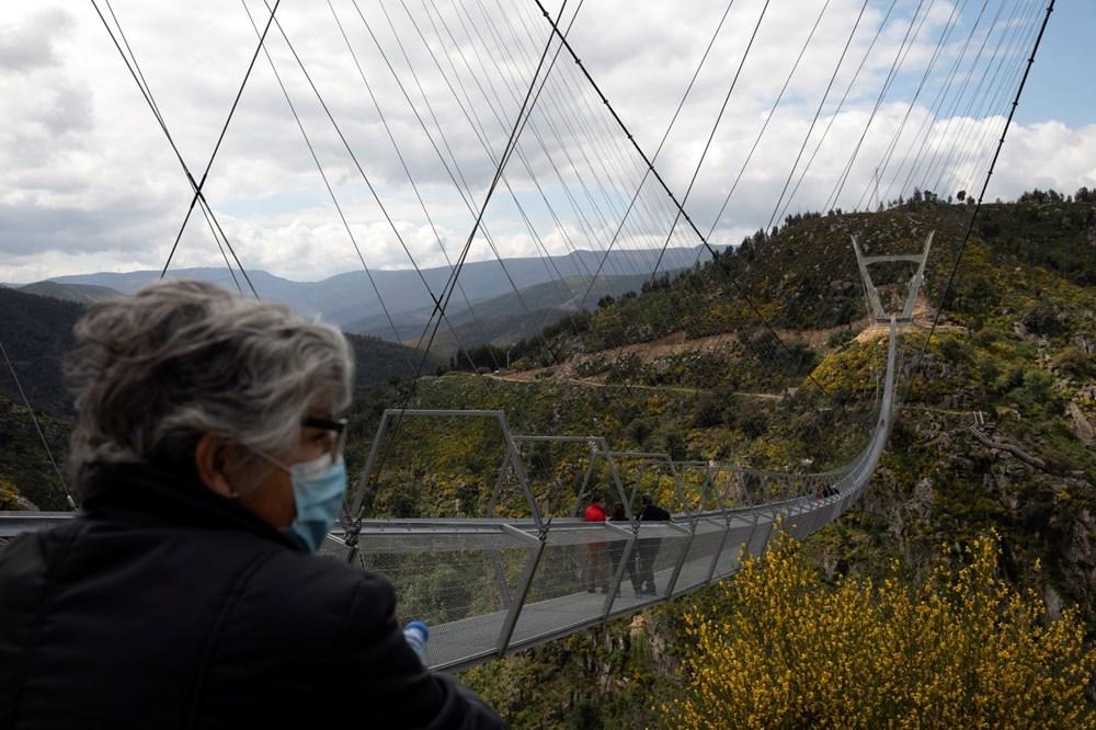 Yayalara özel en uzun asma köprü açıldı - 18