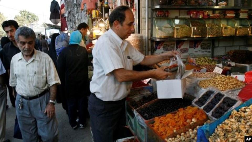 İran ekonomisi yıllardır ABD ambargosu nedeniyle sıkıntı yaşıyor.