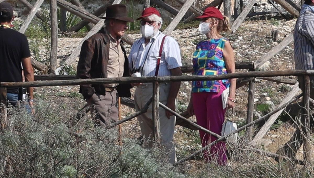 Harrison Ford, Indiana Jones setine döndü
