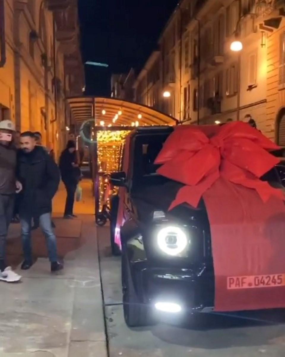 Ronaldo'nun hediye paketi