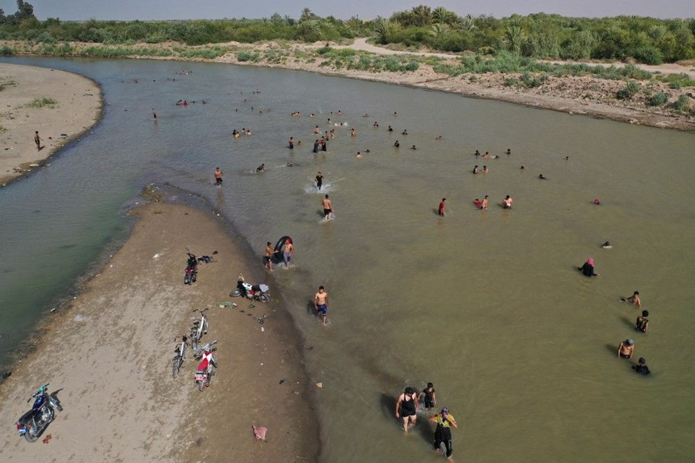 Temperature exceeded 50 degrees in the shade in Iraq: Ice demand exploded - 11