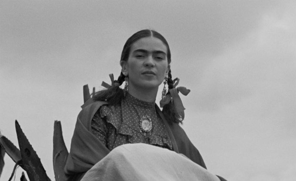 Ressam Frida Kahlo kimdir? (Tahta Bacak Frida Kahlo'nun hayatı) - 3