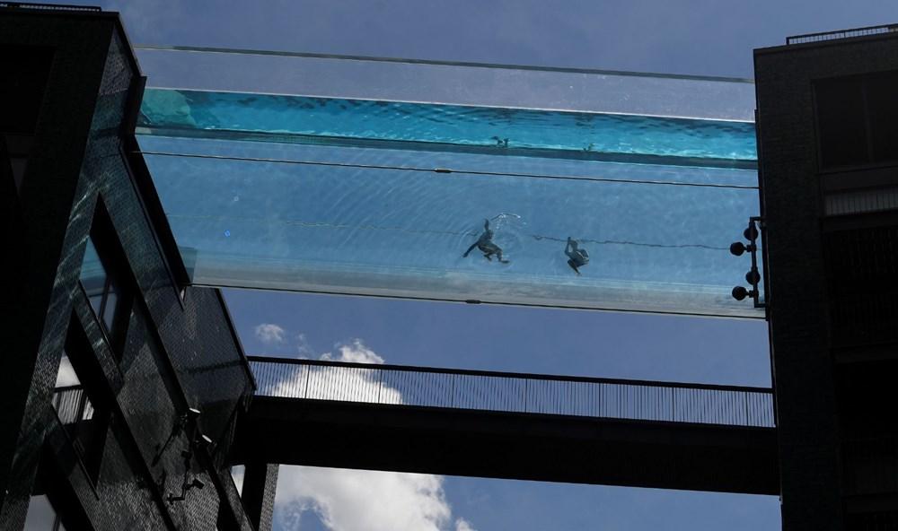 Dünyanın ilk transparan gökyüzü havuzu 'Embassy Gardens' ziyaretçi akınına uğradı - 6