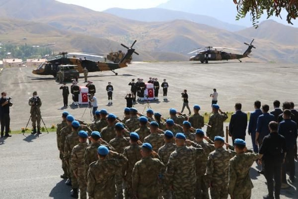 Şehit askerler için tören - 4
