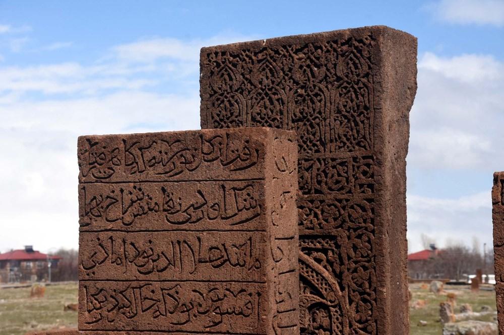 Anadolu'nun Orhun Abideleri: Ahlat Selçuklu Meydan Mezarlığı - 9