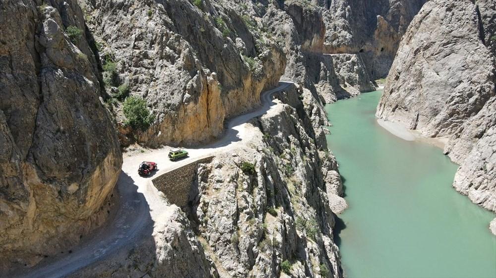 Erzincan'da yürekleri ağza getiren 'Taş Yolu': 132 yılda yapıldı - 3