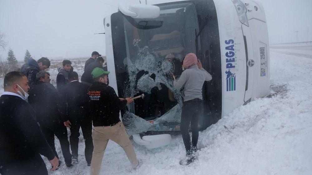 Konya'da 2 tur otobüsü devrildi: 1 Rus turist öldü, çok sayıda yaralı - 7