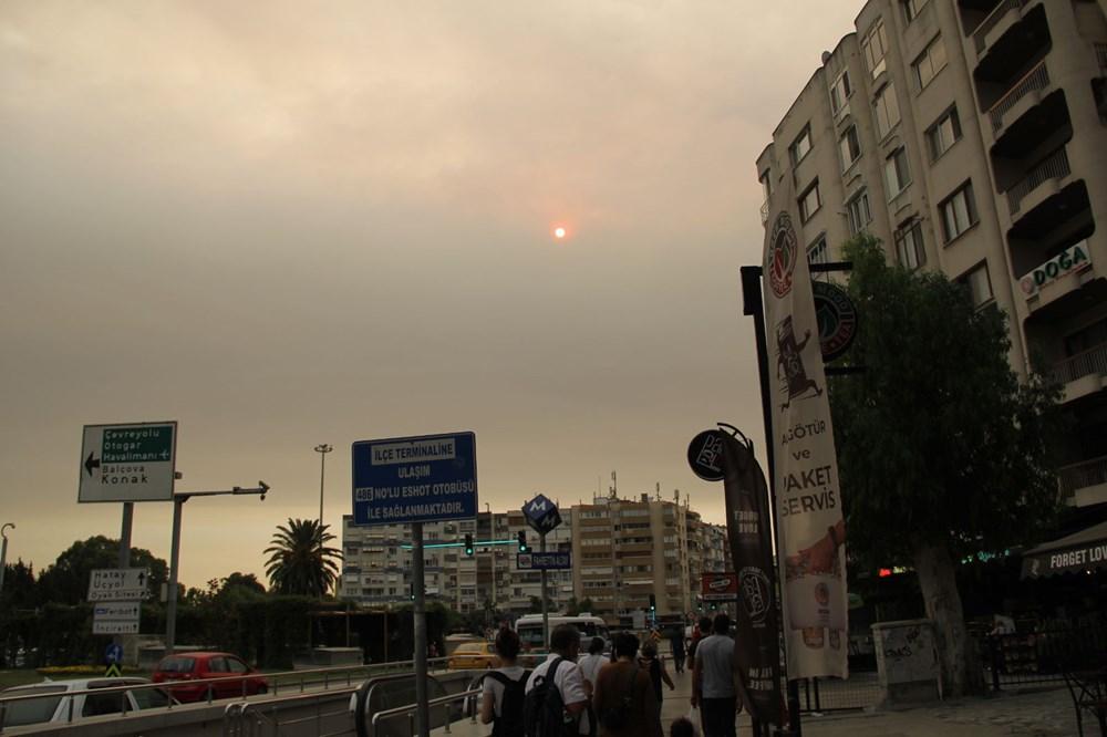 İzmir'de bulanık gökyüzü korkuttu - 1
