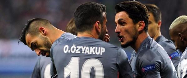 Beşiktaş Son 16 Turu'nda ( Yenilgisiz lider)