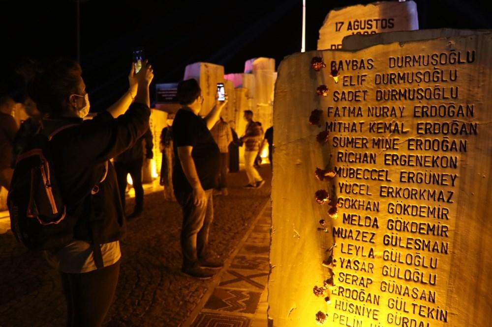 17 Ağustos depreminin 21. yılı: Hayatını kaybedenler törenle anıldı - 12