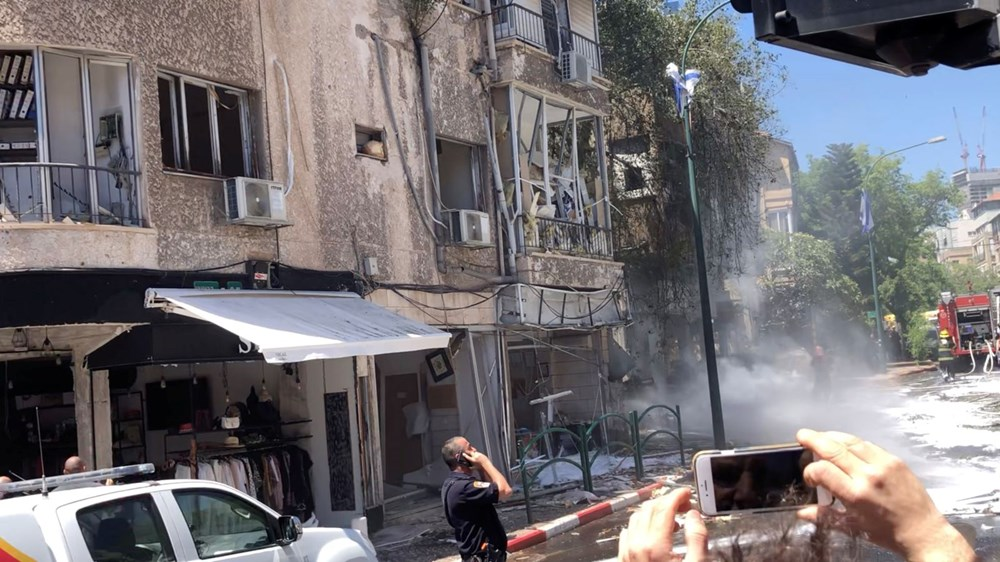 Israel's air strikes continue: loss of life increased to 147 - 2